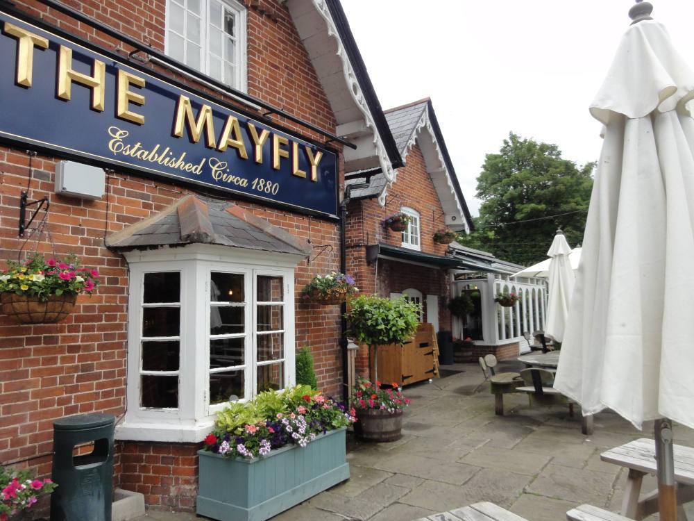 The Mayfly Pub – Stockbridge